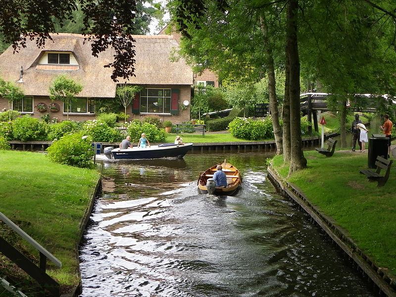 オランダのヴェニス – Giethoorn