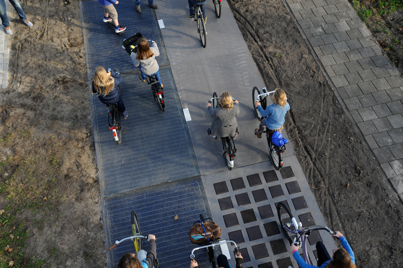 おまけ:発電が出来るオランダの自転車専用道