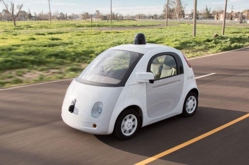 グーグルの自動運転車は検索画面風デザイン